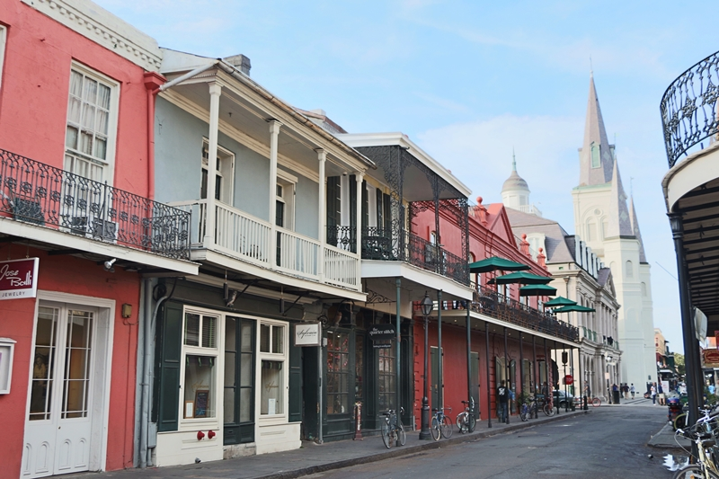 NEW ORLEANS' FRENCH QUARTER, LOUISIANA