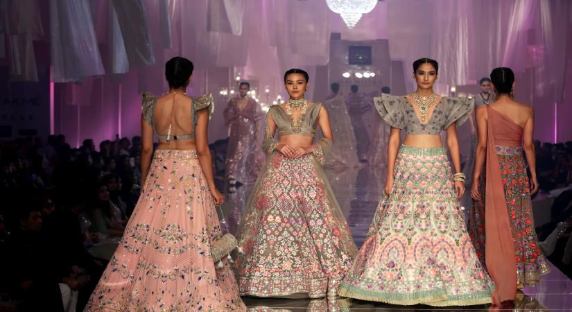 Lakme Fashion Week to launch 'Virtual Showroom'