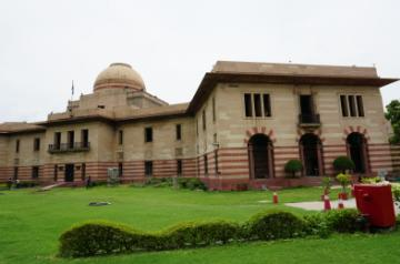 The Jaipur House is home to the National Gallery of Modern Art (NGMA)