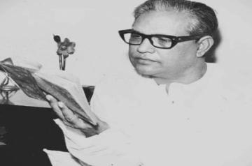 Majrooh Sultanpuri's 101st birth anniversary: Varied moods of the master lyricist.