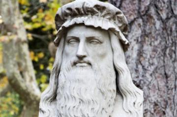 A sculpture of Leonardo da Vinci, Source: Unsplash